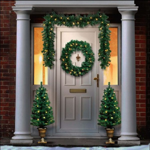 Christmas Garland Wreath Amp Two Potted Trees Bundle Battery